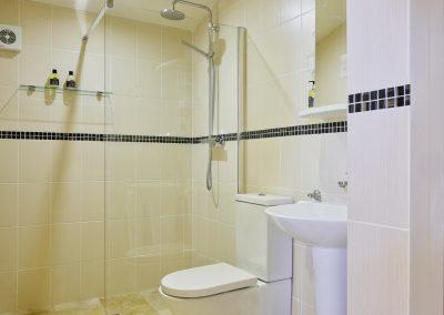 Twin wet room